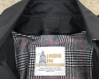 London Fog Vintage Black Trenchcoat Jacket Size 4 Petite