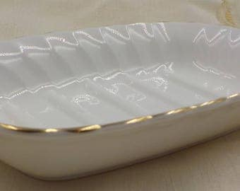 Vintage Bone China Soap Dish - Linen White color - Gold Gilded Edges - Made in England