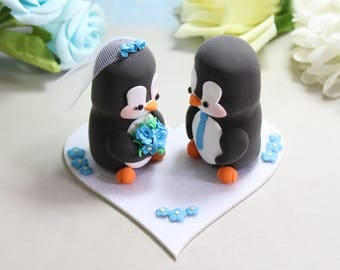 Wedding cake topper figurines - Penguins + felt base/stand - bride groom cake toppers wedding white blue elegant personalized decorations