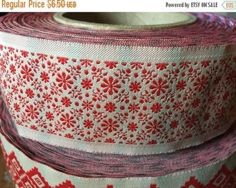 """Christmas Sale Vintage Jacquard Sewing Trim RED DAISY Floral Wide Upholstery 1.75"""" by the yard"""