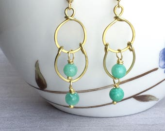 Mint green and gold hammered chandelier earrings, long mint dangle earrings, mint bridesmaid gift, mint bridesmaid earrings, mint wedding