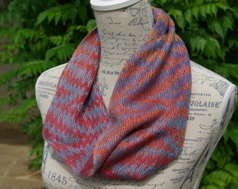 Hand painted handwoven cowl snood mulberry silk by La Maison des Fibres
