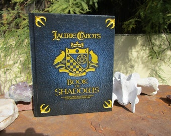Laurie Cabot's Book of Shadows~Hardback~New~Occult Book~Witches Book~First Printing