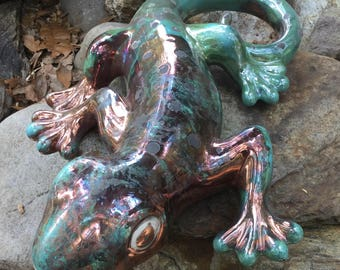 Gecko, lizard, wall hanging, wall tile, plaque, raku, clay, garden, patio decor, statue, reptile, handmade