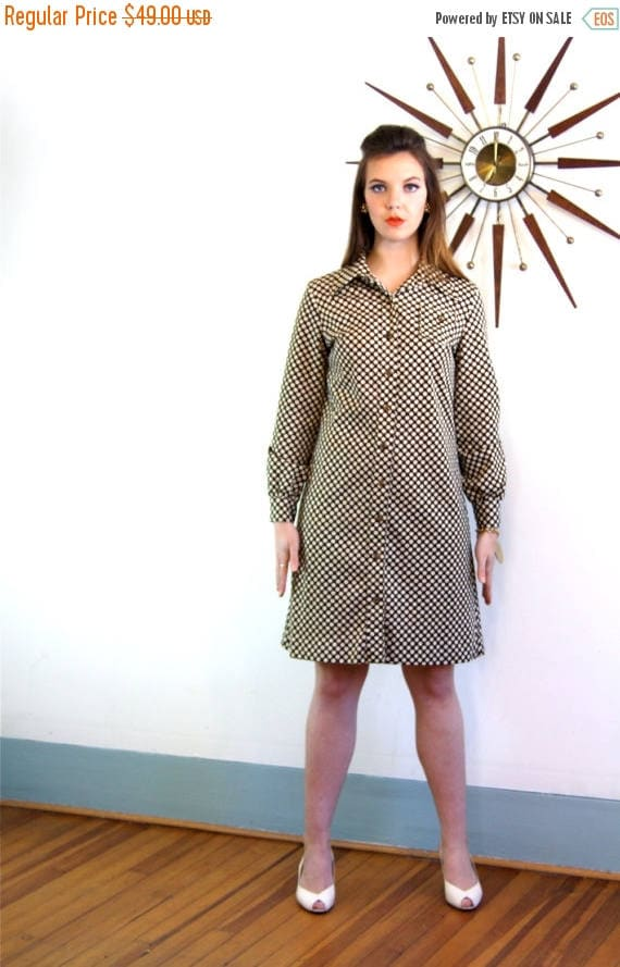 SALE 50% OFF Vintage 60s Mod Mini Dress Brown & White Polka Dots Long Sleeve Cuffs Big 1970s 70s Butterfly Collar Go-Go 1960s MAD Men Shift