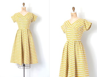 vintage 1950s dress | floral striped 50s dress | yellow cotton | small s