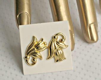 Spring Tulip Earrings Avon Vintage 90s Designer Flower Jewelry