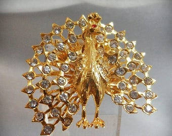 SALE Vintage Peacock Brooch. Gold Tone. Clear Rhinestone. Bird Pin.