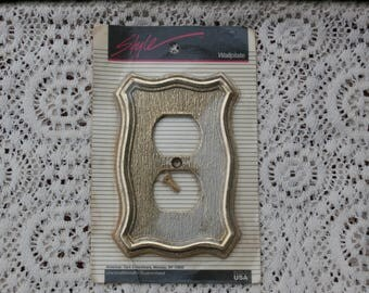 Vintage Gold Toned Decorative Outlet Cover WallPlate STyle by American Tack and Hardware Made in USA