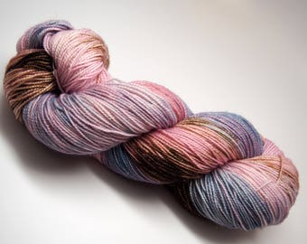 "Gold Spectacle Base: ""Memories of Florence"" 75/20/5 SW Merino/Nylon/Sparkle Yarn, Fingering Yarn"