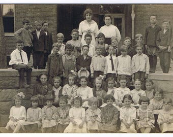 RPPC Vintage School Photo! - Period Clothing - Knickers - Dresses - Hair Bows - Overalls - Circa 1908-1918 - Children's Dress