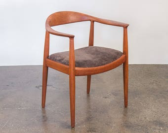 Hans J. Wegner Round Chair