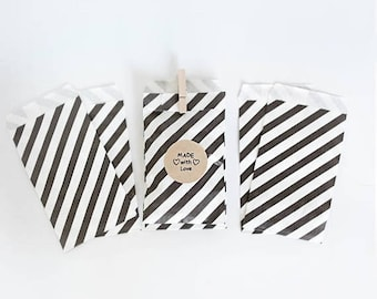 ON SALE Lot of 12  Black & White Stripe Paper  Bags- various sizes || Wedding Favor Bags, Treat Bags, Candy Buffet Bags, Photo print bags, b
