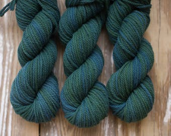 Osage orange + indigo bulky weight wool yarn