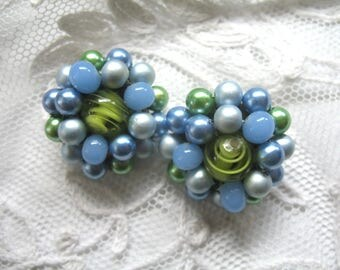 Vintage Cluster Earrings ~ Clip On ~ 3 Tone Blue Pearl  & Green Art Glass Beads