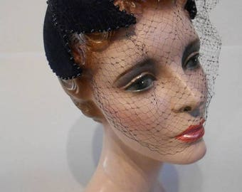 FINAL SALE Wallflowers Need Not Apply - Early 1950s Navy Velour Sculpted Hat w/Birdcage Veil