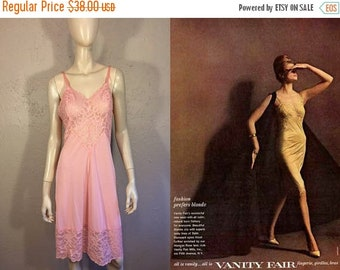Anniversary Sale 35% Off Just Beyond the Horizon - Vintge 1960s Vanity Fair Sea Shell Pink Full Slip w/Lace Detail - 34