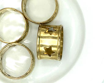 Vintage Brass Napkin Rings /Holders, Set of 4, Cutout Stars, Holiday Napkin Rings
