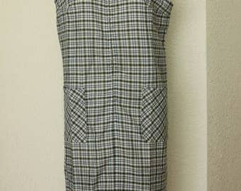 Vintage Checkered Sleeveless Shift Dress in White and Green 1960s