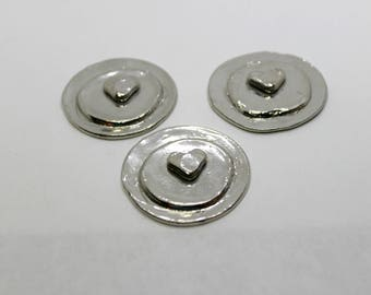 Pewter Layered Heart Disc   009