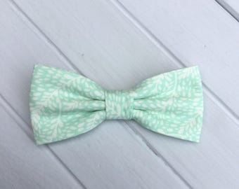 Mint Green Bow tie, Mint Leave Bow Tie, Mens Bow Tie, Mint Wedding Bow Tie, Baby boy Children Bow tie, Bowtie for Groom & Groomsmen