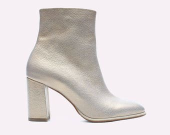 Ivory Gold leather Boots Urban Booties