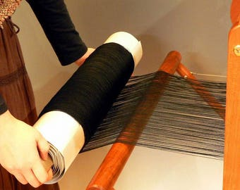 Saori ready made black wool warp 300 threads x 30 meters !
