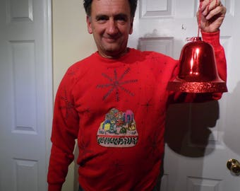 Ugly Christmas Sweater/Jumper/Sweatshirt V-21 size L big snowflakes & a little summin summin going on in the middle I wish i could tell what