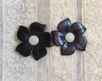 années 1920 noir et écru en bakélite fleur boucle de ceinture