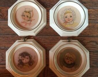 """Vintage Ozz Franca Plastic Framed Pictures 6"""""""