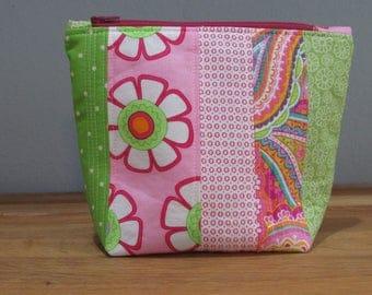 Zipper Bag, Patchwork,Green and Pink, Green Polka Dot Lining, Zipper Pouch,