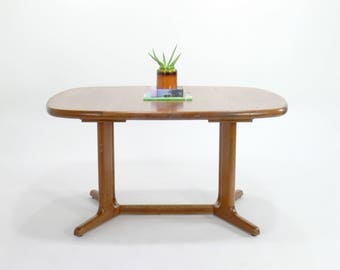 Danish Modern Oval Teak Extendable Dining Table Attributed to Drylund