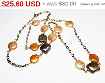 Spring Fling Sale Oyster Shell Bead Necklace with Mother of Pearl - Iridescent Black & Peach Tone - Goldtone Chain - 1980's 1990's Classi...