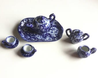 Miniature Tea Set in Blue / White Delft, 10 pc Mini Tea Set, Vintage Porcelain Tea Set Collectible, Diorama