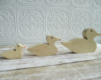Vintage Handmade Wooden Duck Shelf Sitters Miniature set of 3 - Wood Folk Art Ducks, Ducklings