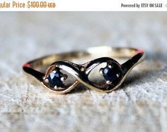 ON SALE Vintage Gold Sapphire Ring Infinity Unusual 9ct 9k Yellow Solid British English FREE Shipping Size M / 6.25