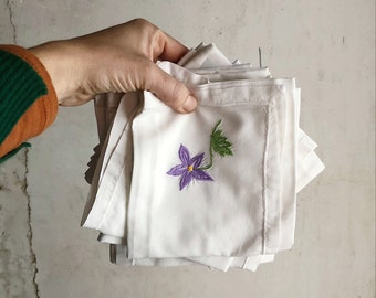 Six Vintage French Hand Embroidered cotton serviettes / Vintage embroidery / vintage handkerchiefs / floral embroidered serviettes