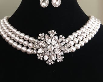 Holly GoLightly Pearl Necklace with Rhinestone Brooch 3 strands Swarovski Pearls with back drop Breakfast at Tiffany's Audrey Heoburn style