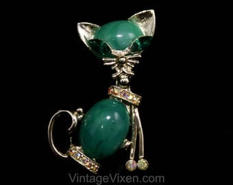 1960s Cool Cat Brooch - Emerald Green & Gold with Rhinestones - 50s 60s Mid Century Novelty Animal Pin - Sassy Little Pussycat - 50548