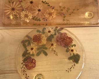 Two vintage lucite trivets with pressed flowers by Jeanne Ocker / California Original lucite trivets / MCM