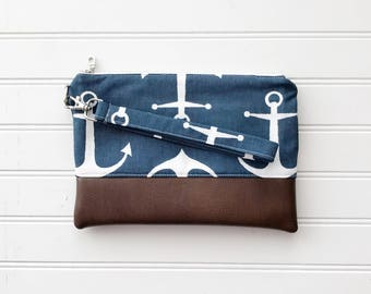 NAUTICAL COLLECTION - Grey Arrow Mommy Clutch - Wallet Clutch - Small handbag - Black Wristlet - Wallet Clutch