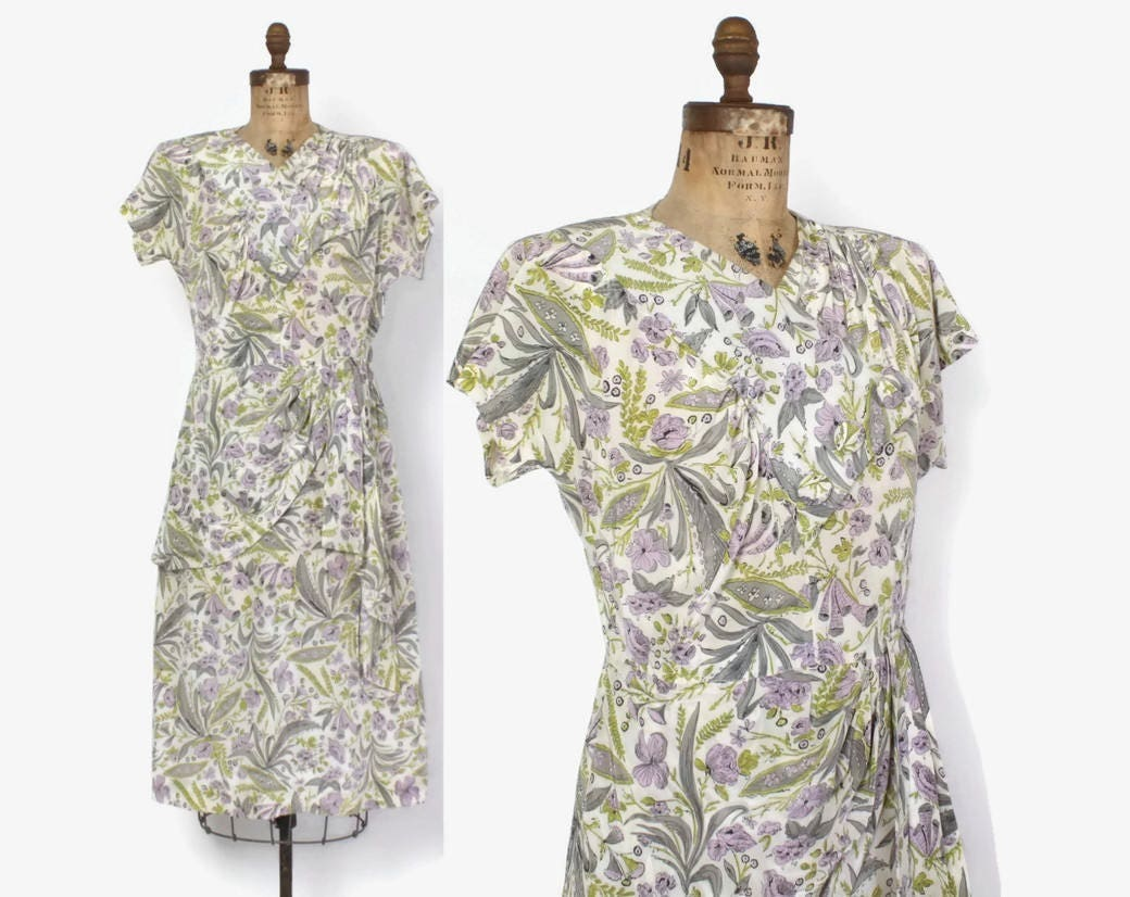 Vintage 40s Floral Rayon DRESS / 1940s Lavender Pastel Rayon Draped Swag Dress M