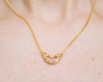 I heart you -necklace (minimal 16k gold plated minimal everyday charm neckpiece)