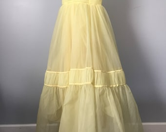 True Vintage 1950s/1960s Buttery Yellow Prom Gown - Beauty & the Beast style! - union made! - ILGWU tag!