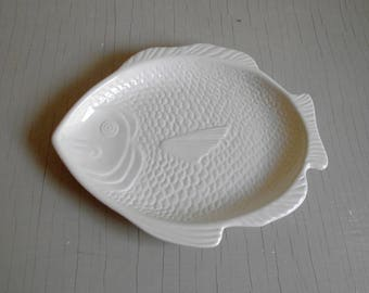 Fish Platter Whittier Pottery , Fish Dinner Plate , White Fish Shaped Serving Plate , Fish Appetizer Tray , Coastal Beach House Wall Decor