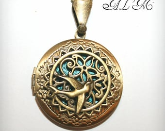 Locket necklace with turquoise background (v) swallow