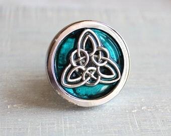 blue celtic knot drawer pull, cabinet knob, cabinet pull, dresser knob, decorative knobs, cabinet hardware, dresser hardware