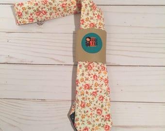 Floral Skinny Tie, wedding party tie, wedding guest tie, gifts for him, gifts for men, groomsmen tie, ties for men, men's tie, gift man, tie