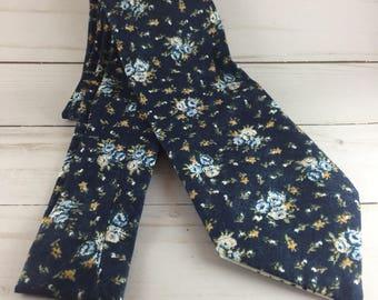 floral necktie, floral tie, Navy floral tie, ties for men, men's tie, gift for men, gifts men, wedding tie, groomsmen tie,  neckties, tie