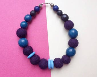 Purple felt necklace, wood bead necklace, blue wood necklace, wool bead necklace, chunky necklace, statement necklace, felt jewellery